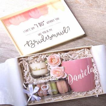 30 Will You Be My Bridesmaid Proposal Gift Ideas | Roses  bridesmaid proposal ideas gift box