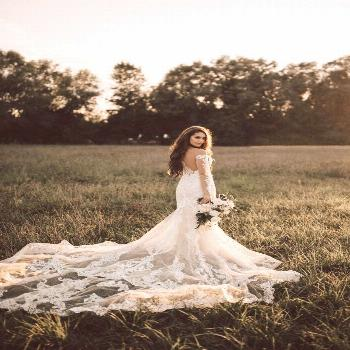 Our $15k, Rustic Chic Idaho Wedding romantic bridal portrait ideas | bridal portrait | bridal photo